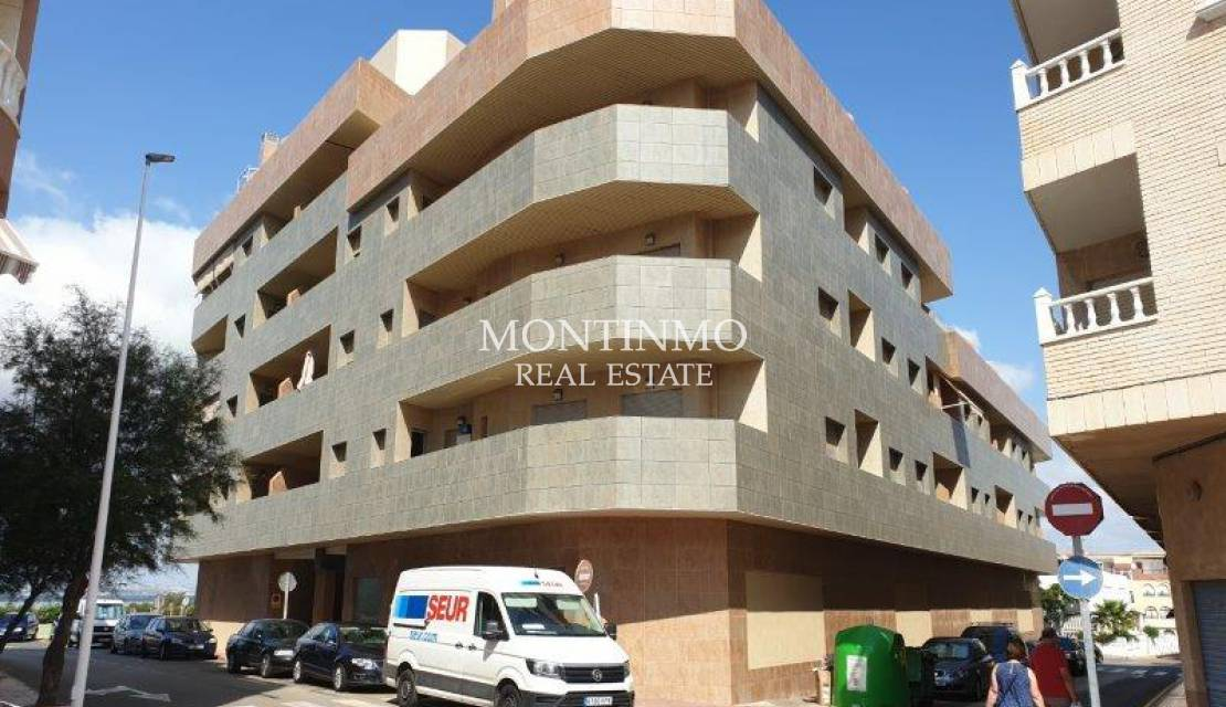 Apartment · Sale · La Mata · Center